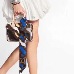 时尚造型:OLO英雄联盟系列 限定款 lv nano speedy迷你枕头包